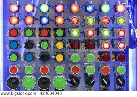 Various Shape And Colorful Push Button Such As Dial Switch Pilot Lamp Etc Of Electric Control For Ma