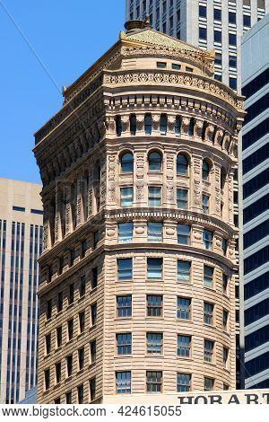 June 9, 2021 In San Francisco, Ca:  Historical Hobart Building Built During 1914 With Its Revival Ar