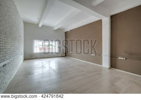 Empty White Room With Repair And Without Furniture. Room For Office Or Clinic