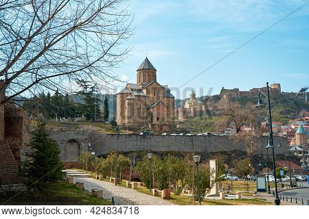 Assumption Church Or Metekhi Temple. Historical Religious Building In Tbilisi. Tbilisi, Georgia - 03
