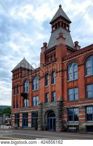 CORNING, NEW YORK - 18 JUNE 2021: The Rockwell Museum a Smithsonian Affiliate, features 19th and 20th century paintings, illustration art and contemporary photography.