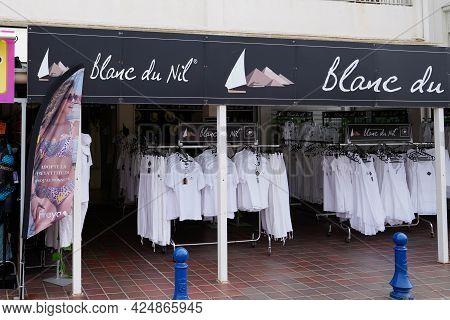 Bordeaux , Aquitaine France  - 06 20 2021 : Blanc Du Nil Logo Brand Boutique And Text Sign Front Of