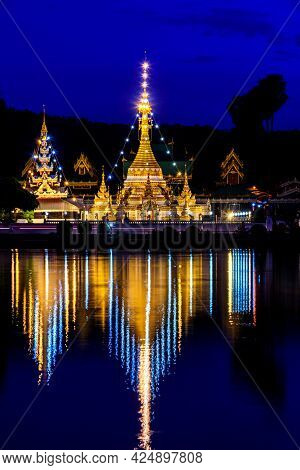 Night Light And Water Reflection Wat Jongklang - Wat Jongkham The Most Favourite Place For Tourist I