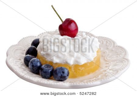 Fresh Fruit With Cottage Cheese