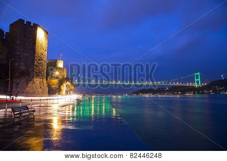 Rumeli Hisari (Rumeli Castle) and FSM Bridge