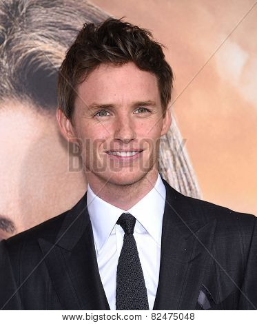 LOS ANGELES - FEB 02:  Eddie Redmayne arrives to the