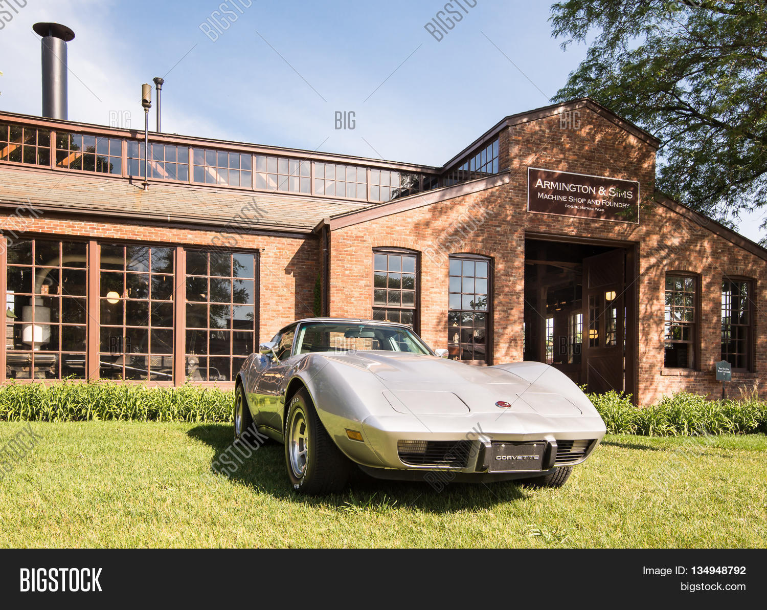 DEARBORN MIUSA JUNE Image Photo Free Trial Bigstock - Henry ford car show