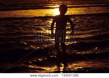 Children Are Enjoying The Beautiful Sunset