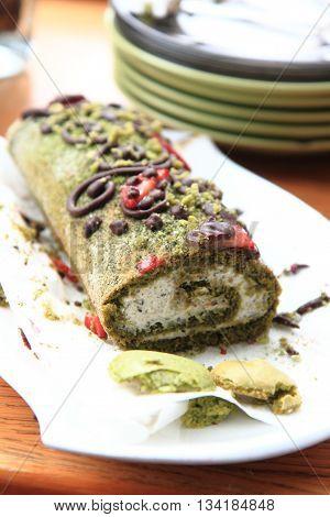 Pistachio Roulade Dessert