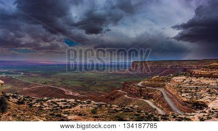 Moki Dugway Overlook