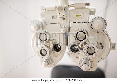 Phoropter vision exam