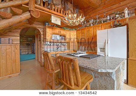 Küche-Blockhaus mit rustikalen einzigartige Details