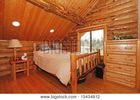 Bedroom In Rustic Mountain Log Cabin
