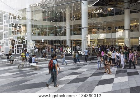 BANGKOK THAILAND - MAY 29 : unidentified people in open space at Siam Discovery after renovate in siam square on may 29 2016 thailand. siam discovery is popular shopping mall in siam square