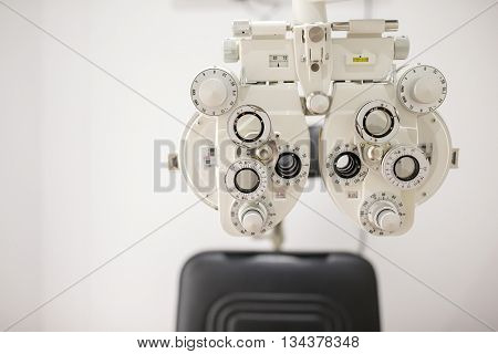 Device to the sight testing