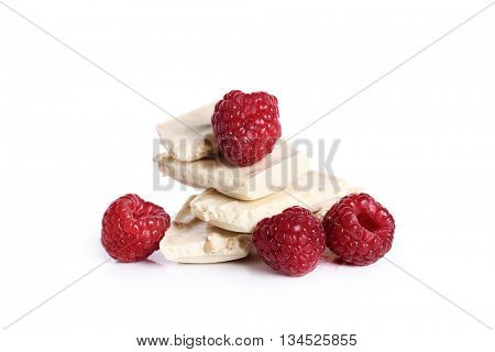 Food. White chocolate with raspberry