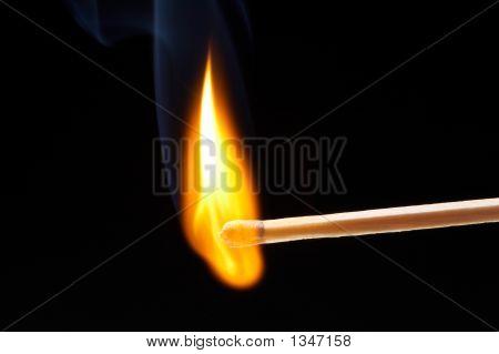 Brennen der Übereinstimmung