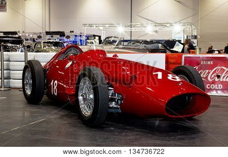 LONDON - JANUARY 10: A vintage Formula 1 racing car is put on public display at the inaugural London Classic Car Show event held at the Excel arena on January 10, 2015 in London