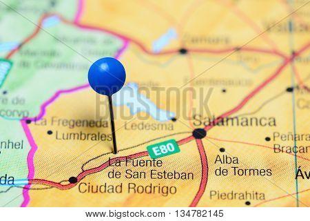 La Fuente de San Esteban pinned on a map of Spain