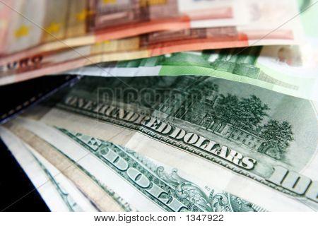 Money_9136