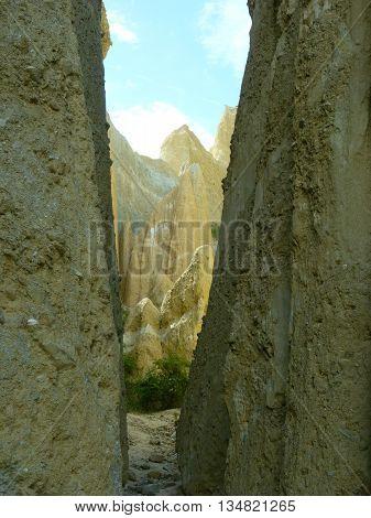 The natural Clay Cliffs formation near Omarama 1
