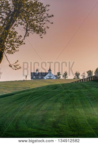 Manchester Farm Barn in the Early Morning in the Kentucky hills