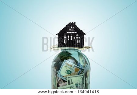 the layout of the house is on US currency