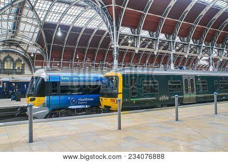 London / Uk - November 13 2017: Heathrow Express Bogey At Paddington Train Station For Passenger Tra