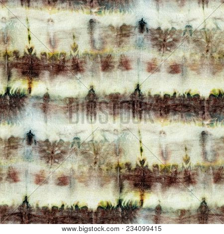 Seamless Tie-dye Pattern Of Brown Color On White Silk. Hand Painting Fabrics - Nodular Batik. Shibor