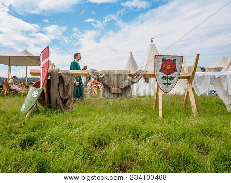 Ritter Weg, Russia, Morozovo, April 2017: Outdoor Scene Of Medieval Way Of Life. The Reconstructor S