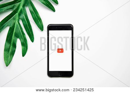 Bangkok ,thailand - April 03, 2018 : Screen Displays The Youtube App Icons On Apple Iphone. Youtube