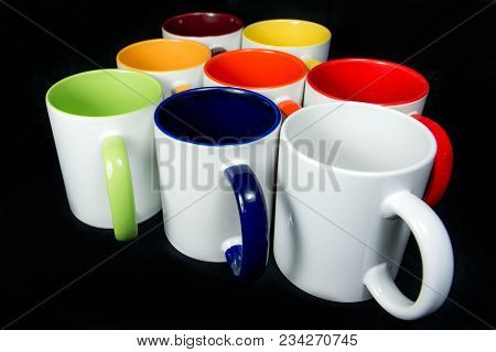 Insulated Unprinted Cups For Sublimation Of Different Shapes, Colors And Designs - Designer On A Bla