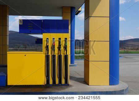 Gasoline pump gun fuel nozzles dispenser refueling petrol filling station
