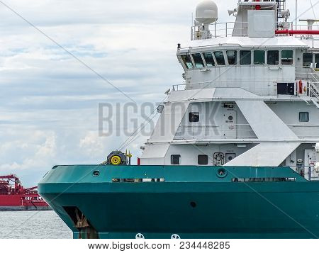 Labuan,malaysia-march 24,2018:platform Supply Vessel (psv) Offshore Support Vessel,ready To The Offs