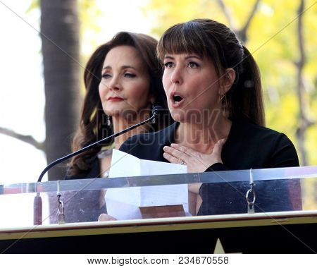 LOS ANGELES - APR 3:  Lynda Carter, Patty Jenkins at the Lynda Carter Star Ceremony on the Hollywood Walk of Fame on April 3, 2018 in Los Angeles, CA