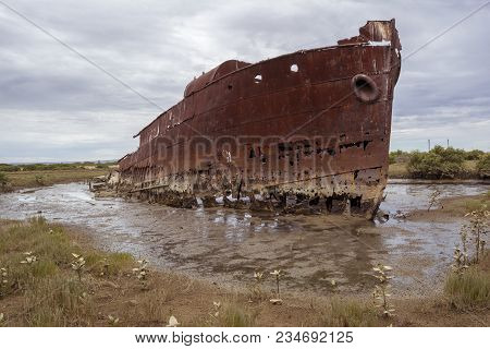 Port Adelaide, South Australia, Australia - February 10, 2018: The Corroding Shell Of The Excelsior