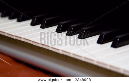 Piano Keyboard Clsoe Up