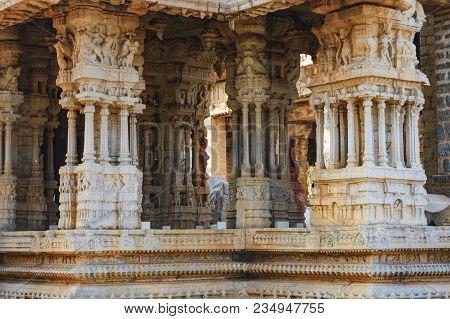 Close-up Decoration Of Columns Of Vitthala Temple In Hampi, Karnataka, India. Ancient Ruins Of Vijay