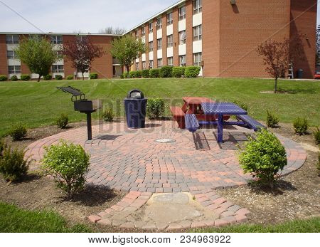 New Picnic And Seating Area With Grill In Front Of Whitney Hall, Defiance College, Donated By The Cl