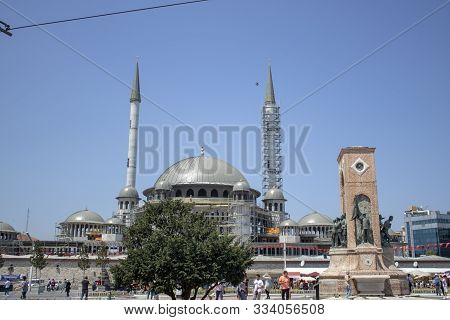 Istanbul, Turkey - August-1.2019: Taksim Square Is A Touristic District. Construction Of The New Mos