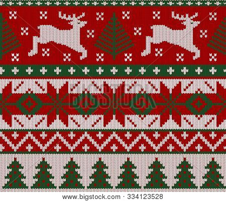 Seamless Knitted Green, Red And White Pattern With Deer. Christmas Backgroung