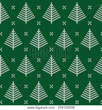 Seamless Knitted Green Pattern With Christmas Tree. Christmas Backgroung