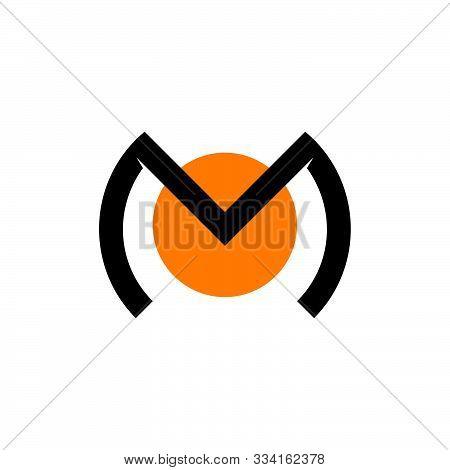 Letter Mo Circle Design Logo Vector Unique Concept