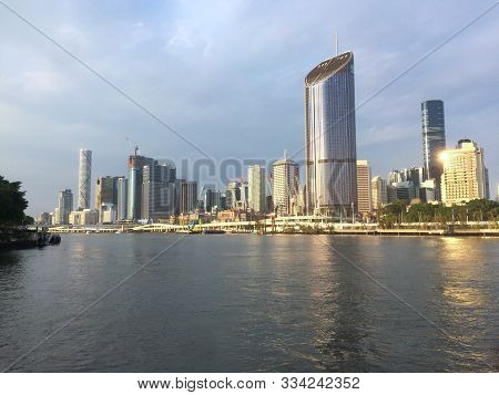 Brisbane, Queensland, Australia - 16th November 2019 : Beautiful View Of Brisbane Cbd District And B
