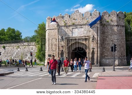 Nis, Serbia - June, 5, 2017:  The Istanbul Or Stambol Gate, The Main Entrance To The Nis Fortress In