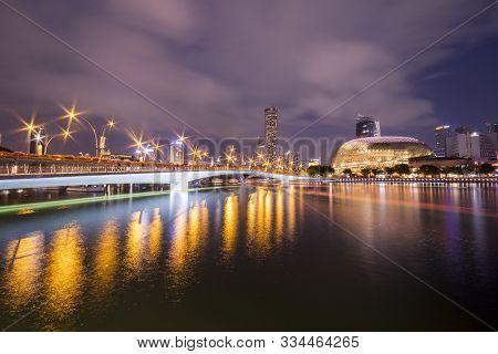 Singapore- Nov 16, 2019: Esplanade Bridge And Esplanade Theaters On The Bay. Singapore