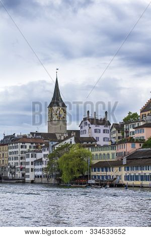Zurich, Switzerland - May 10, 2018: Panorama Of Zurich. View Of The Cathedral Of St. Peter In Zurich