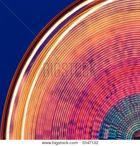Spinning Carnival Ferris Wheel
