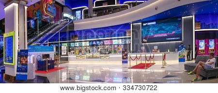 Pattaya, Thailand - November 19: Concession Stand Serves Snacks And Drinks In Front Of Sf Cinema In