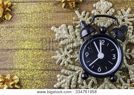 Countdown To Midnight. Retro Style Clock Counting Last Moments Before Christmass Or New Year, On Vin